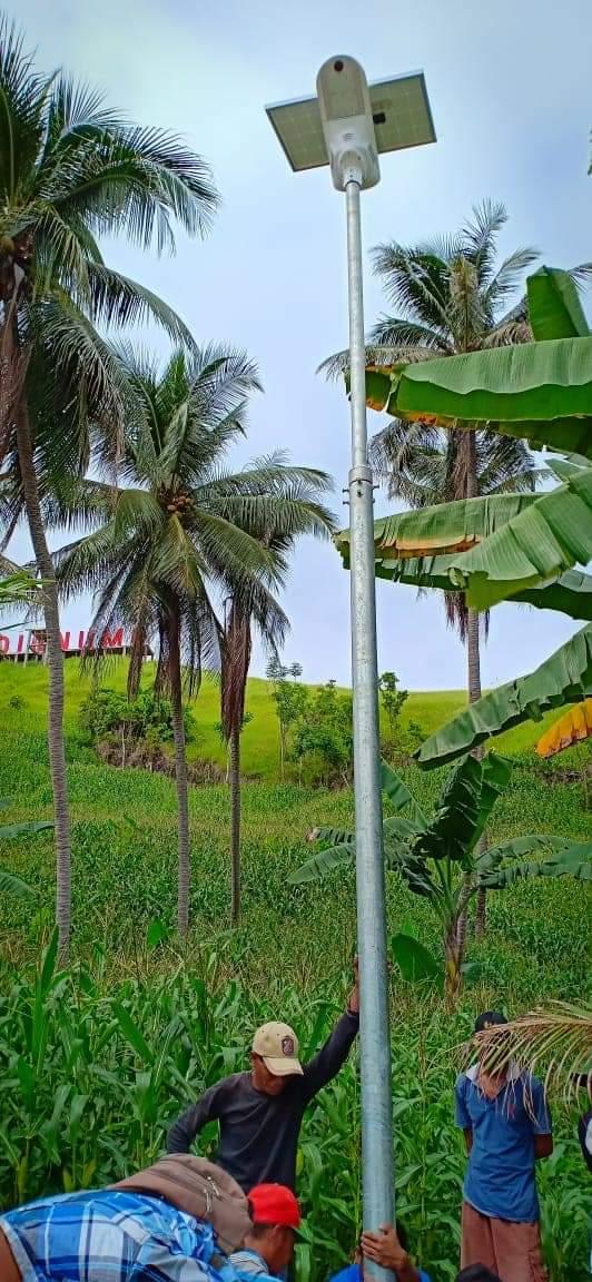 Penerangan Jalan Umum Tenaga Surya - PJUTS - Fly Hawk - Gorontalo