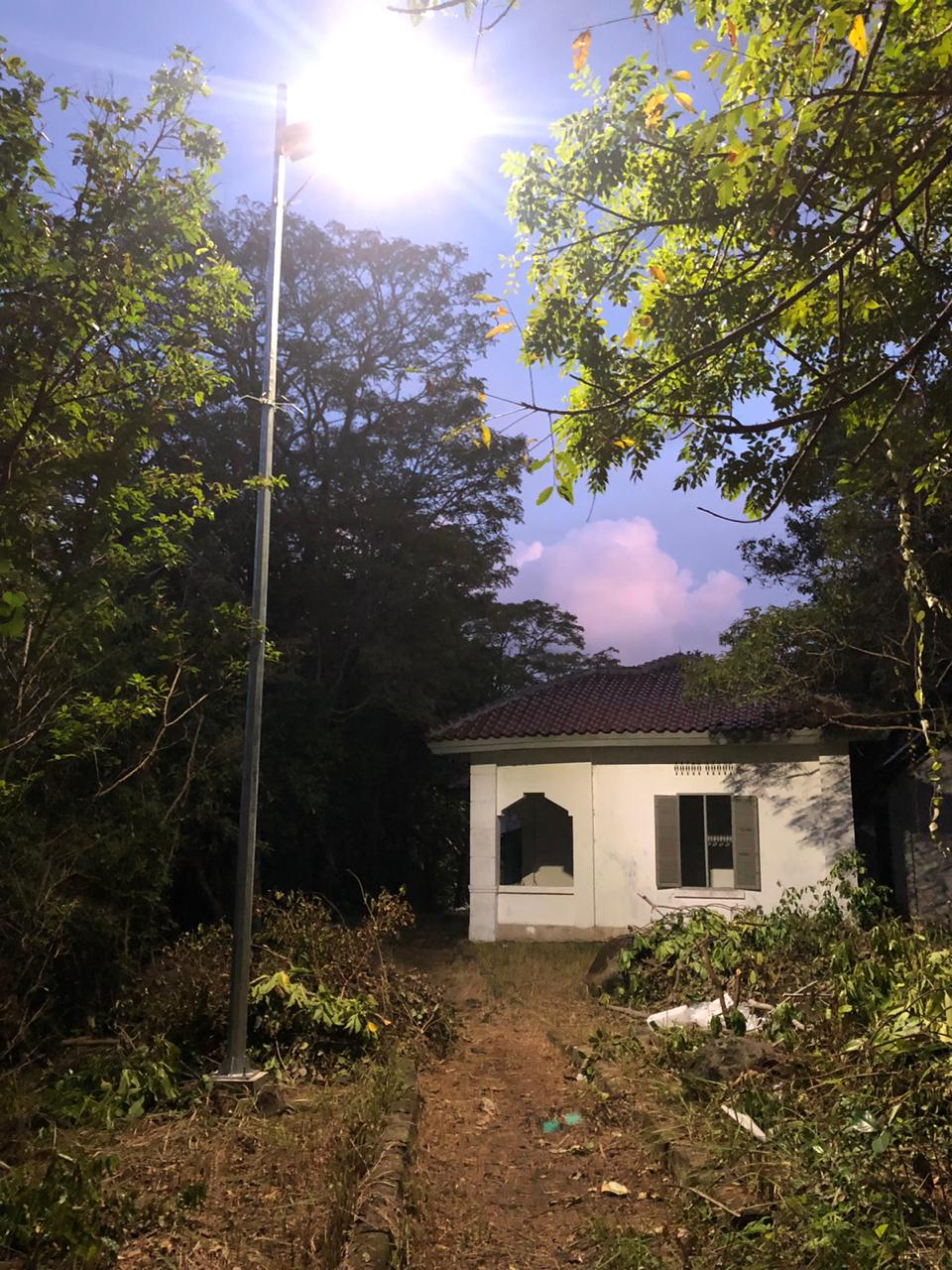 Pemasangan Lampu PJUTS di Pulau Rubiah, Sabang, NAD