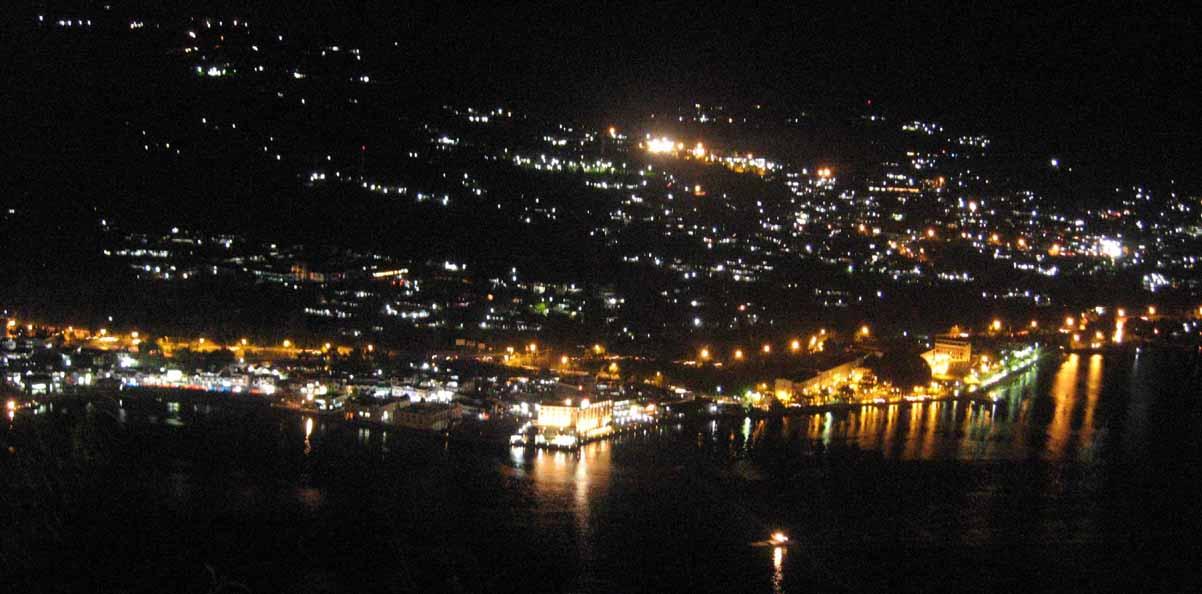 Keindahan pemandangan Kota Jayapura di malam hari