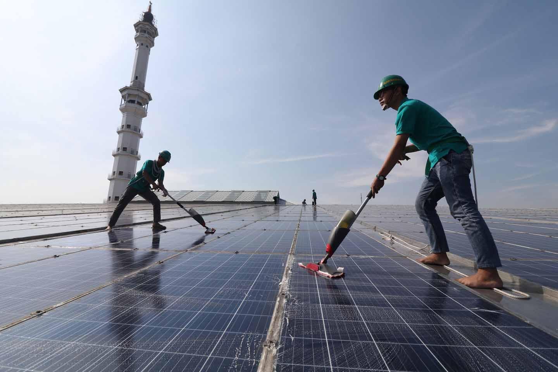panel surya atap